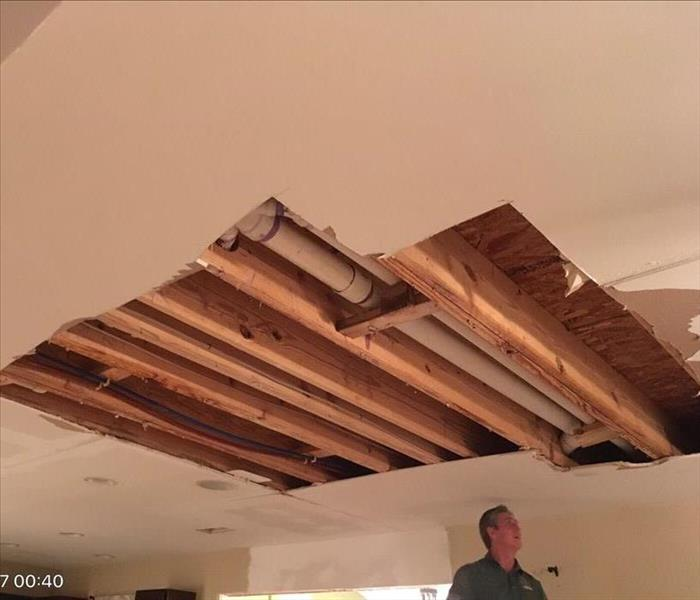 Leaking Pipe Leads to Water Damage in Ceiling
